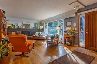 Photo 2: 7791 LOHN Road in Halfmoon Bay: Halfmn Bay Secret Cv Redroofs House for sale (Sunshine Coast)  : MLS®# R2139778