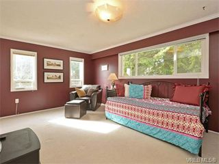 Photo 11: 6320 Elaine Way in VICTORIA: CS Tanner Single Family Detached for sale (Central Saanich)  : MLS®# 375444