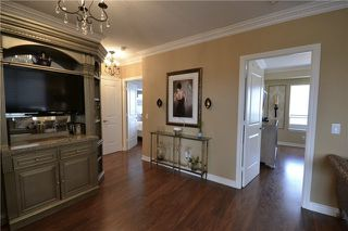 Photo 8: 9245 Jane Street in Vaughan: Maple Condo for sale : MLS(r) # N3846688  Marie Commisso
