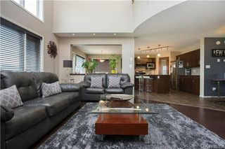 Photo 3: 91 Nevens Bay in Winnipeg: Canterbury Park Residential for sale (3M)  : MLS®# 1718914