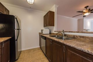 """Photo 11: 202 5577 SMITH Avenue in Burnaby: Central Park BS Condo for sale in """"COTTONWOOD GROVE"""" (Burnaby South)  : MLS®# R2204336"""