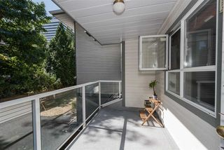 """Photo 6: 202 5577 SMITH Avenue in Burnaby: Central Park BS Condo for sale in """"COTTONWOOD GROVE"""" (Burnaby South)  : MLS®# R2204336"""