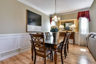 "Photo 3: 6648 187A Street in Surrey: Cloverdale BC House for sale in ""HILLCREST ESTATES"" (Cloverdale)  : MLS®# R2208252"