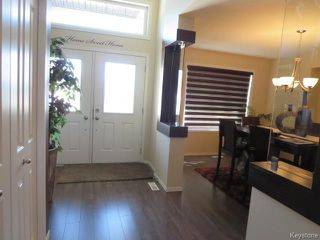 Photo 4: 60 Dennis Lindsay Road in Winnipeg: Bridgewood Estates Residential for sale (3J)  : MLS®# 1725850