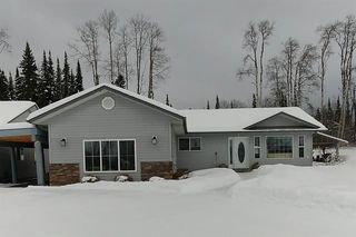 Photo 2: 9040 TABOR GLEN Drive in Prince George: Tabor Lake House for sale (PG Rural East (Zone 80))  : MLS®# R2235461