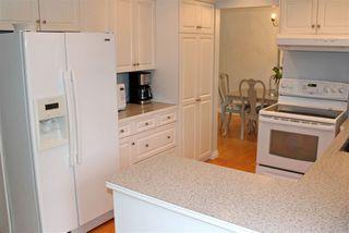 "Photo 11: 280 54 Street in Delta: Pebble Hill House for sale in ""PEBBLE HILL"" (Tsawwassen)  : MLS®# R2238594"
