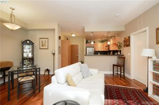 Photo 5: 206 627 Brookside Rd in VICTORIA: Co Latoria Condo Apartment for sale (Colwood)  : MLS®# 781371