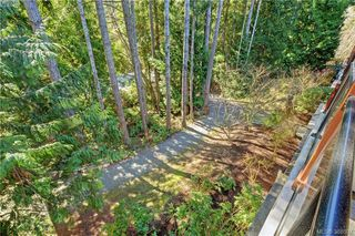 Photo 17: 206 627 Brookside Rd in VICTORIA: Co Latoria Condo Apartment for sale (Colwood)  : MLS®# 781371