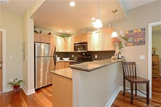Photo 8: 206 627 Brookside Rd in VICTORIA: Co Latoria Condo Apartment for sale (Colwood)  : MLS®# 781371