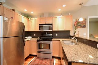 Photo 9: 206 627 Brookside Rd in VICTORIA: Co Latoria Condo Apartment for sale (Colwood)  : MLS®# 781371