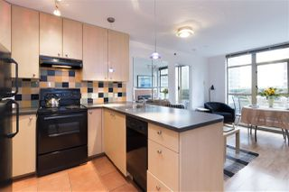 Photo 5: 405 819 HAMILTON Street in Vancouver: Downtown VW Condo for sale (Vancouver West)  : MLS®# R2253213
