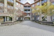 """Main Photo: 3208 240 SHERBROOKE Street in New Westminster: Sapperton Condo for sale in """"COPPERSTONE"""" : MLS®# R2260474"""