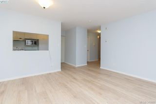 Photo 3: 103 3215 Rutledge St in VICTORIA: SE Quadra Condo for sale (Saanich East)  : MLS®# 685772