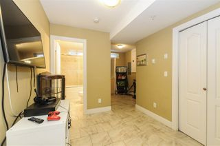 Photo 19: 4222 GLEN Drive in Vancouver: Knight House 1/2 Duplex for sale (Vancouver East)  : MLS®# R2265948