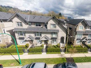 "Photo 3: 718 ORWELL Street in North Vancouver: Lynnmour Townhouse for sale in ""Wedgewood"" : MLS®# R2269342"