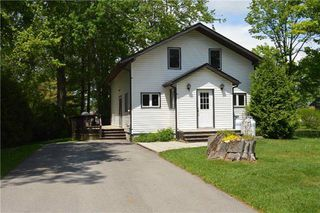 Photo 1: 13 Old Indian Trail in Ramara: Brechin House (2-Storey) for lease : MLS®# S4148426