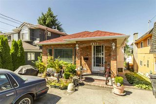 Photo 1: 5431 MANOR Street in Burnaby: Central BN House for sale (Burnaby North)  : MLS®# R2280858