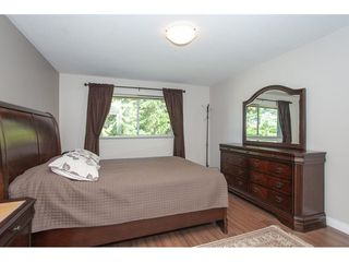 "Photo 11: 5718 245A Street in Langley: Salmon River House for sale in ""STRAWBERRY HILL"" : MLS®# R2291710"