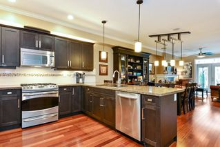 """Photo 2: 11 6988 177 Street in Surrey: Cloverdale BC Townhouse for sale in """"CHARLTON"""" (Cloverdale)  : MLS®# R2293307"""