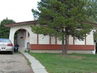 Main Photo: 11940 152B Avenue in Edmonton: Zone 27 House for sale : MLS®# E4127502