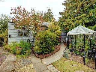 Main Photo: 3132 Earl Grey Street in VICTORIA: SW Tillicum Single Family Detached for sale (Saanich West)  : MLS®# 400007