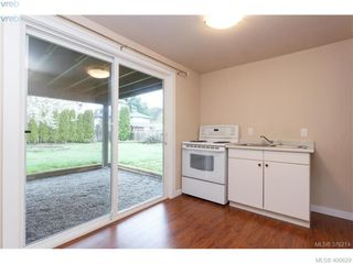 Photo 19: 2271 Moyes Road in VICTORIA: La Thetis Heights Single Family Detached for sale (Langford)  : MLS®# 400629