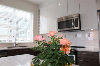 Photo 4: 203 16396 64 Avenue in Surrey: Cloverdale BC Condo for sale (Cloverdale)  : MLS®# R2315366