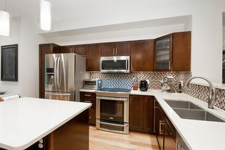 """Photo 13: 3 55 HAWTHORN Drive in Port Moody: Heritage Woods PM Townhouse for sale in """"COBALT SKY"""" : MLS®# R2325456"""