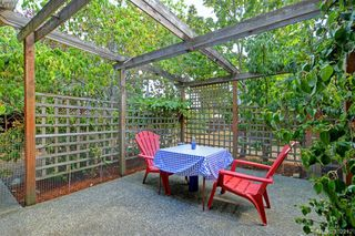 Photo 1: 100 710 Massie Dr in VICTORIA: La Langford Proper Row/Townhouse for sale (Langford)  : MLS®# 802610