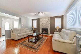 Photo 5: 1704 HODGSON Place in Edmonton: Zone 14 House for sale : MLS®# E4138546