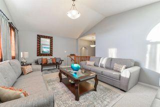Photo 13: 1704 HODGSON Place in Edmonton: Zone 14 House for sale : MLS®# E4138546