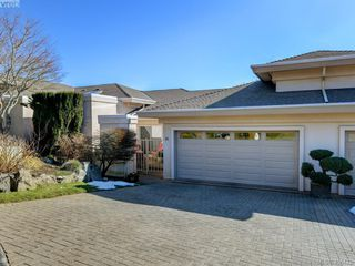 Photo 30: 14 881 Nicholson Street in VICTORIA: SE High Quadra Row/Townhouse for sale (Saanich East)  : MLS®# 406179