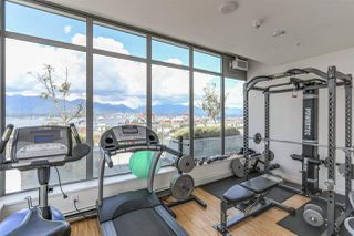 "Photo 16: 809 66 W CORDOVA Street in Vancouver: Downtown VW Condo for sale in ""60 WEST CORDOVA"" (Vancouver West)  : MLS®# R2345288"