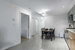 "Photo 6: 907 33 SMITHE Street in Vancouver: Yaletown Condo for sale in ""COOPERS LOOKOUT"" (Vancouver West)  : MLS®# R2348184"