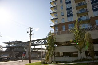 "Photo 3: 804 200 KEARY Street in New Westminster: Sapperton Condo for sale in ""The Anvil"" : MLS®# R2353900"