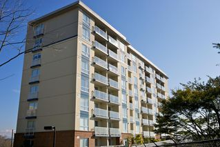 "Photo 7: 804 200 KEARY Street in New Westminster: Sapperton Condo for sale in ""The Anvil"" : MLS®# R2353900"
