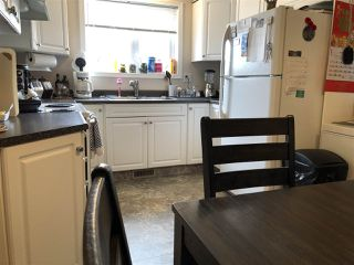 Photo 7: A 4015 53 Street: Wetaskiwin House Half Duplex for sale : MLS®# E4150610