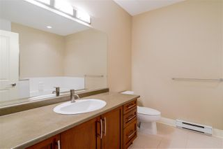 Photo 14: 406 5430 201 Street in Langley: Langley City Condo for sale : MLS®# R2356025