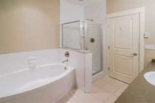 Photo 13: 406 5430 201 Street in Langley: Langley City Condo for sale : MLS®# R2356025