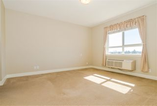 Photo 9: 406 5430 201 Street in Langley: Langley City Condo for sale : MLS®# R2356025