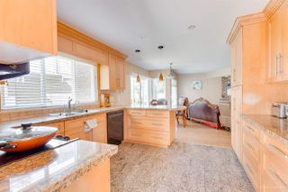 """Photo 14: 5493 ELWYN Drive in Burnaby: Deer Lake House for sale in """"BLENHEIM WOODS"""" (Burnaby South)  : MLS®# R2356735"""