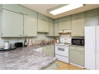 "Photo 3: 13311 71B Avenue in Surrey: West Newton Townhouse for sale in ""Suncreek"" : MLS®# R2367859"