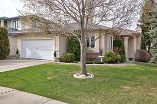 Main Photo: 978 BURROWS Crescent in Edmonton: Zone 14 House for sale : MLS®# E4156244