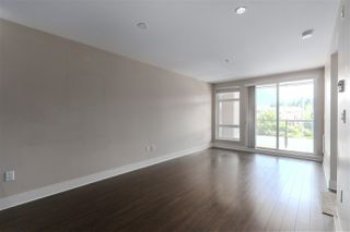 """Photo 4: 301 55 EIGHTH Avenue in New Westminster: GlenBrooke North Condo for sale in """"Eight West"""" : MLS®# R2377360"""