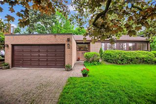 Photo 2: 34 Sanderling Place in Toronto: Banbury-Don Mills House (Bungalow-Raised) for sale (Toronto C13)  : MLS®# C4482488