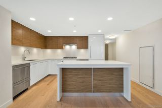 "Photo 5: 808 7333 MURDOCH Avenue in Richmond: Brighouse Condo for sale in ""Park Residences"" : MLS®# R2381259"