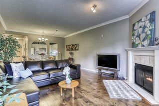 "Photo 3: 204 5646 200 Street in Langley: Langley City Condo for sale in ""Cambridge Court"" : MLS®# R2384457"