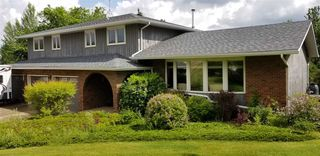 Main Photo: 34 VISTA Way: Rural Sturgeon County House for sale : MLS®# E4163740