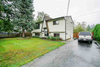 Photo 2: 10619 141 Street in Surrey: Whalley House for sale (North Surrey)  : MLS®# R2398756