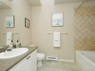 Photo 15: 20 127 Aldersmith Place in VICTORIA: VR Glentana Row/Townhouse for sale (View Royal)  : MLS®# 415501